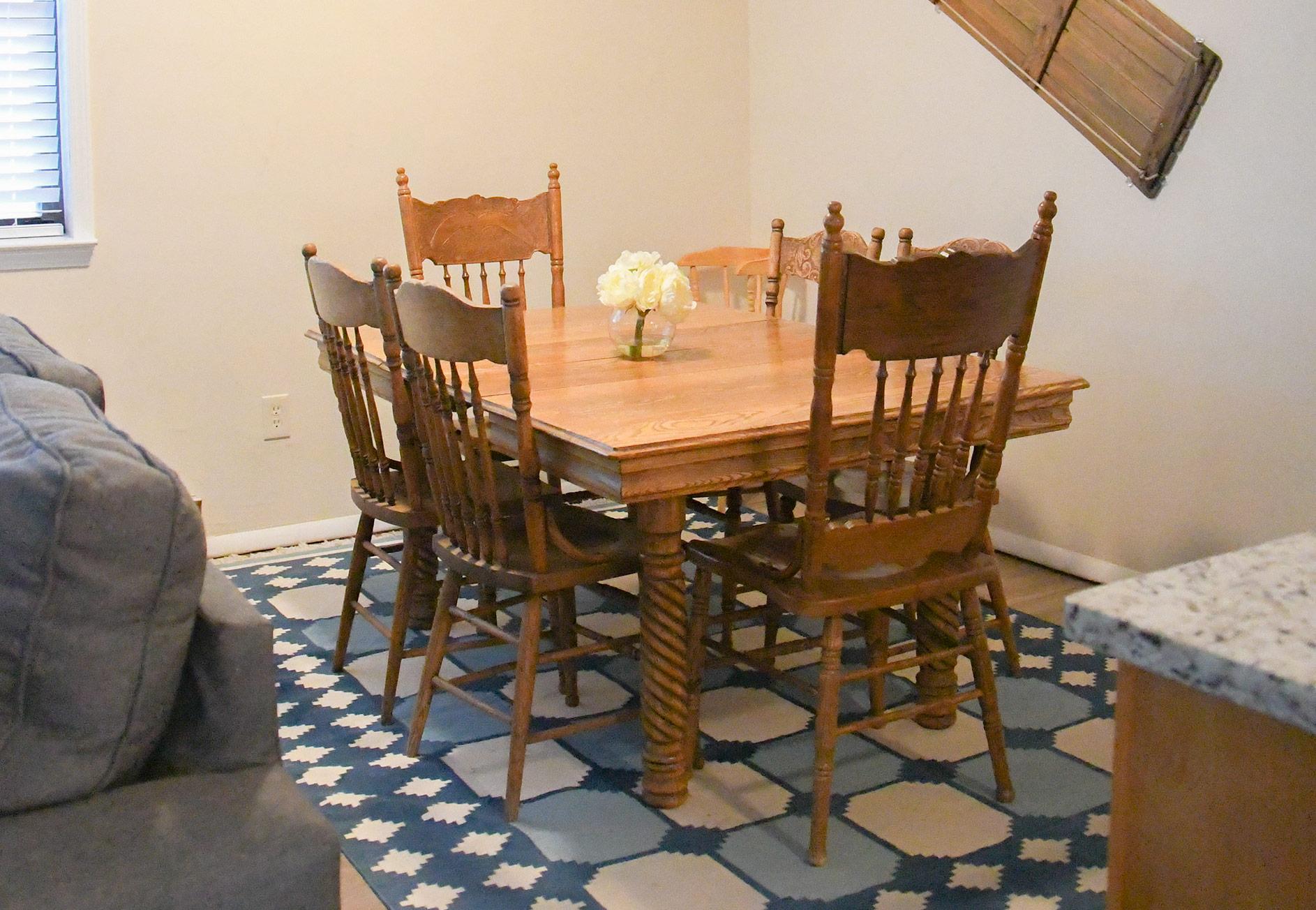 Lake City Rental - Dining Room