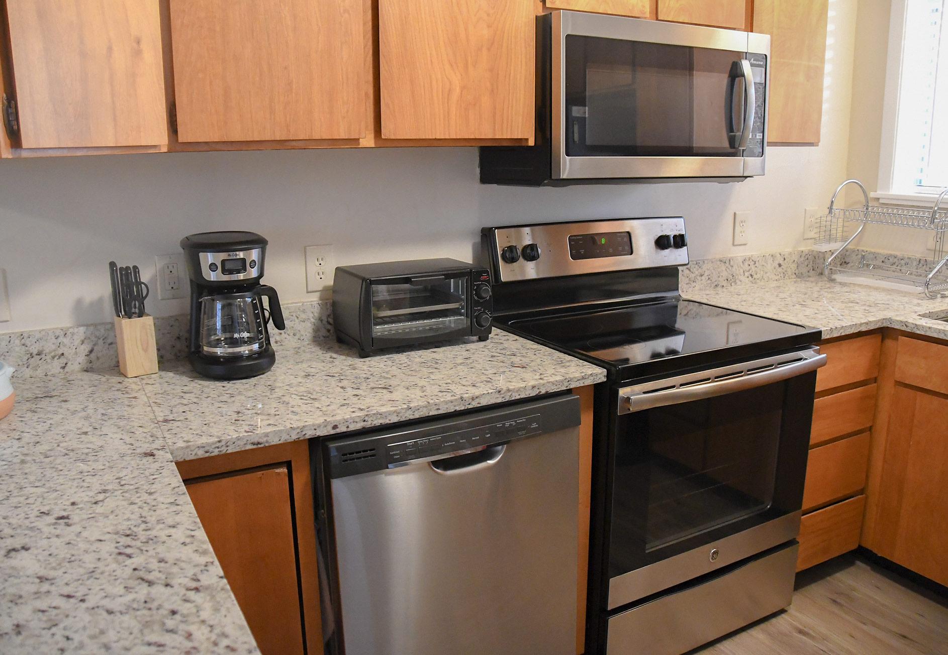 Lake City Rental - Kitchen